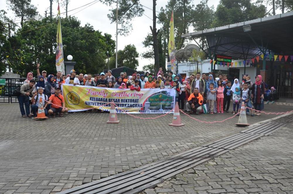 Family Gathering Karyawan Rektorat Unsur