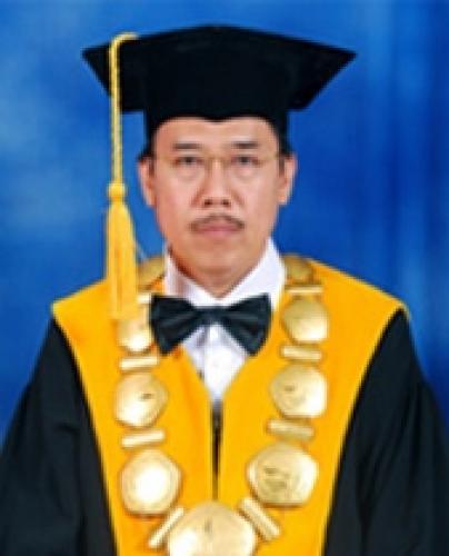 Rektor Universitas Suryakancana
